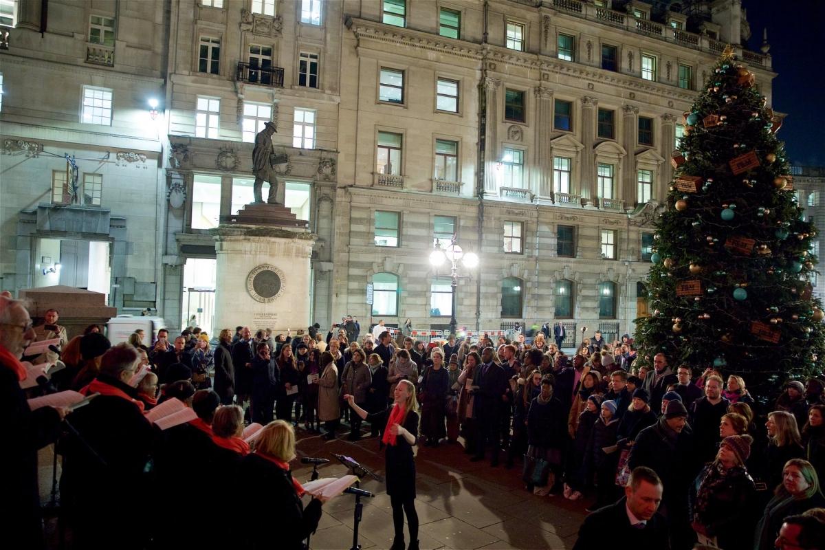 Royal Exchange Tree Lighting Ceremony, 2018